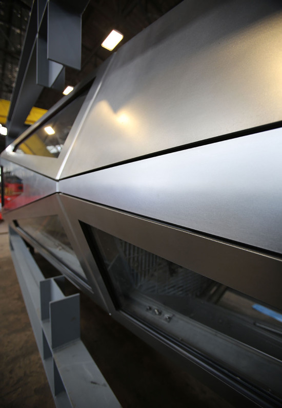 Panels were fabricated from 316 stainless steel with ¼-inch thickness in a nondirectional finish. (courtesy Kammetal)