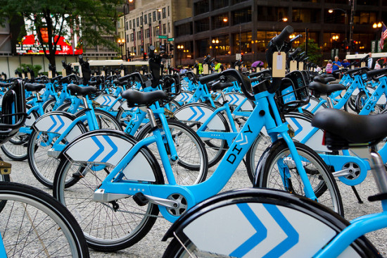 """""""Divvy,"""" Chicago's bike share program, announced plans to expand to 475 stations. The system already has 3,000 bikes deployed. (Kevin Zolkiewicz via Flickr)"""