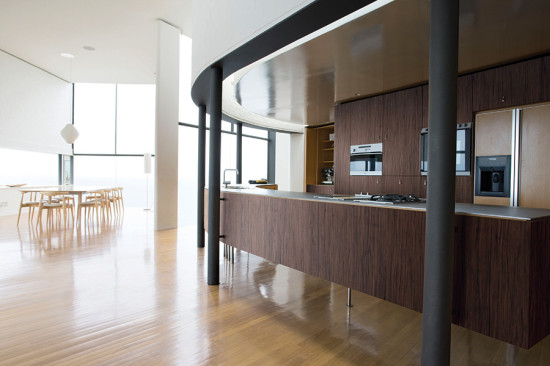DI-NOC can be bent around corners. Shown is the Fine Wood Series.