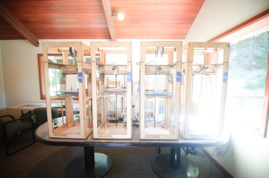 SMITH ALLEN USED 7 DESKTOP 3D PRINTERS TO MANUFACTURE ECHOVIREN'S COMPONENTS (SMITH ALLEN)