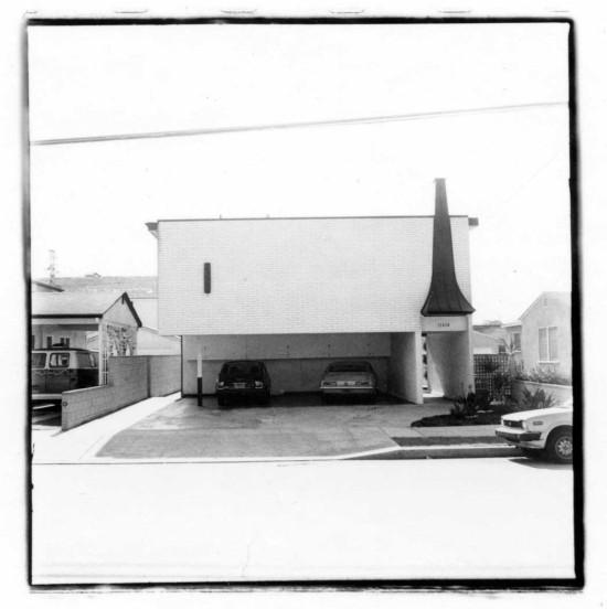 DINGBAT 2.0 INCLUDES A PHOTO ESSAY BY JUDY FISKIN (JUDY FISKIN, UNTITLED, FROM DINGBAT 1982-1983)
