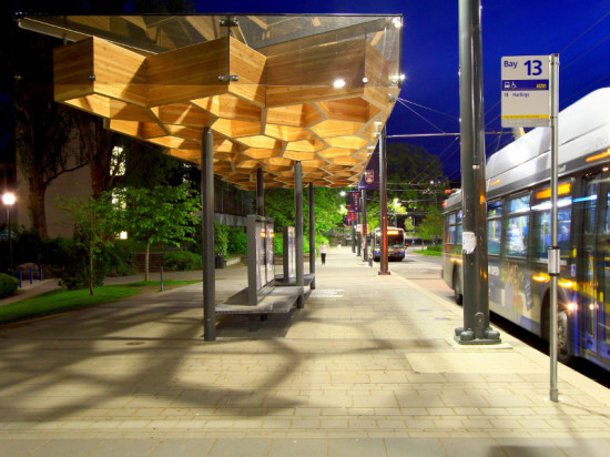 THE TRANSIT SHELTER'S DESIGN WAS INSPIRED BY THE TREES LINING UNIVERSITY BOULEVARD (PUBLIC: ARCHITECTURE + COMMUNICATION)