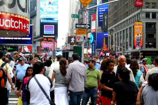 New York City Crowds ( Victor Villanueva / Flickr)