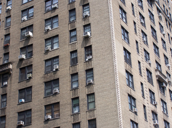 New York City Apartments (MagnuMicah / Flickr)