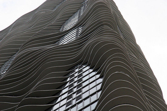 studio gang architects' aqua tower (joevare via flickr)