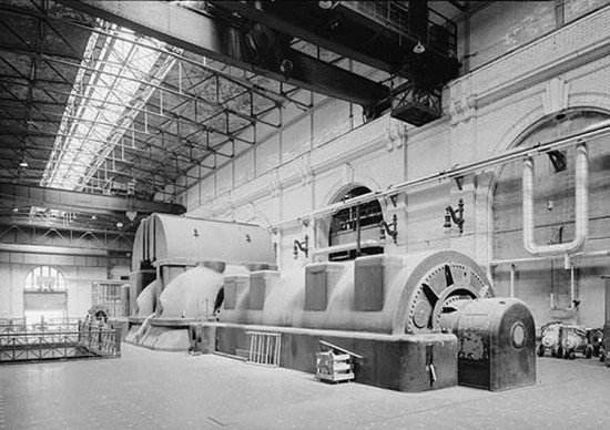 the 1903 turbine hall at fisk (courtesy skyscraper page)