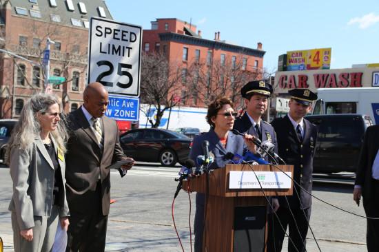 "DOT Commissioner Trottenberg Announces Atlantic Avenue ""Slow Zone."" (Flickr / NYC DOT)"
