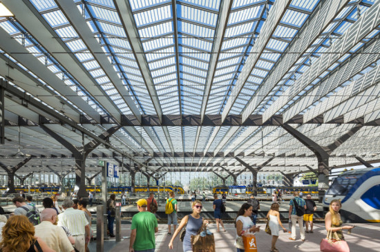 Team CS designed the roof over the platforms to be built of off-the-shelf materials. (Jannes Linders for Team CS)