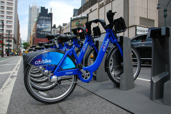 Citi Bikes in Manhattan (SLGCKGC / Flickr)