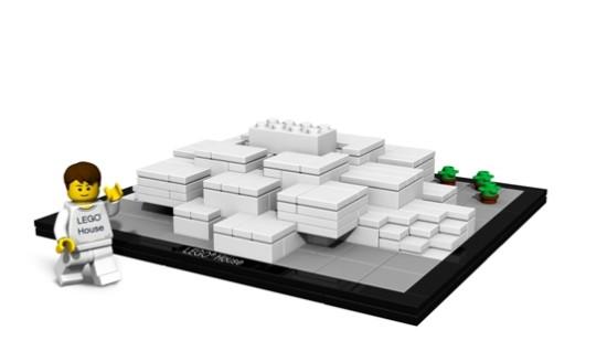 The LEGO set. (Courtesy LEGO)