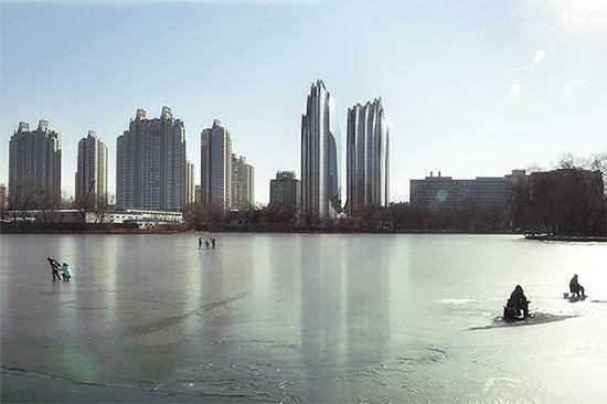 09-mad-china-tower-under-construction