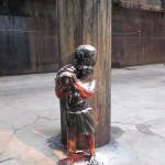 Walker's statues. (Henry Melcher / An)