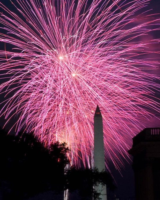 Fireworks burst during a 2010 4th of July celebration. (Photo Phiend / Flickr)