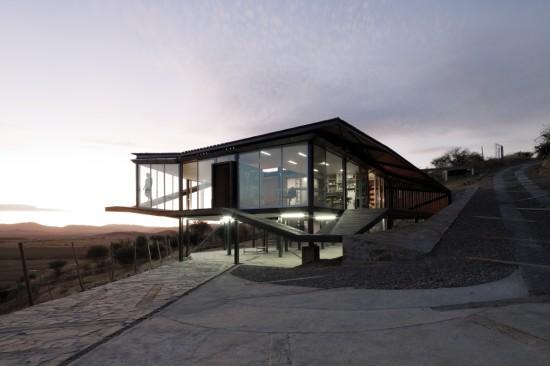 Kiltro House, Chile (Cristobal Palma)