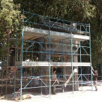 Construction of Chinese gate at entrance to Giardino.