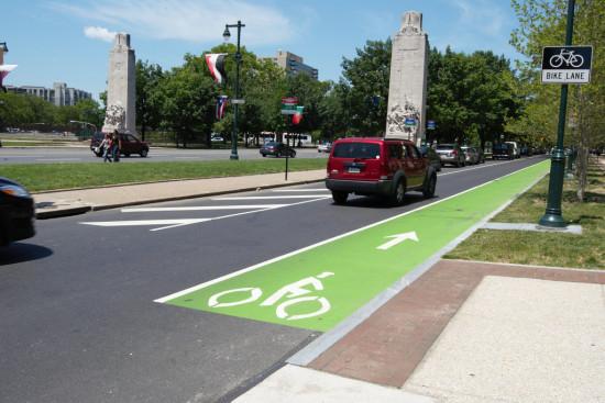 A painted bike lane in Philadelphia. (Flickr / karmacamilleeon)