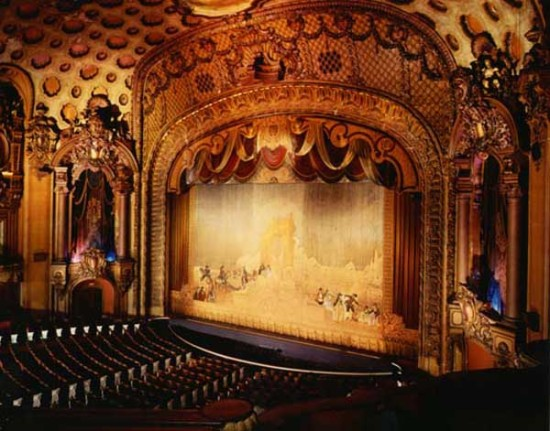 Inside the Los Angeles Theater (Gary Leonard)