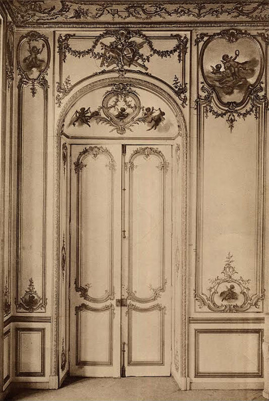 View of the panels in the drawing room of the Hotel de Villemare before they were dismounted.