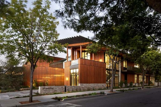 EHDD designed the David and Lucile Packard Foundation headquarters as a model of cutting-edge green building techniques. (Jeremy Bittermann)