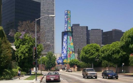 Beverly Hills' Oil Derrick (D Boone)