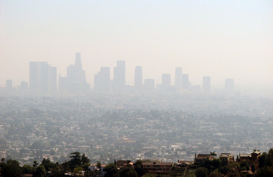Smog over Los Angeles. (Flickr / Ben Amstutz)