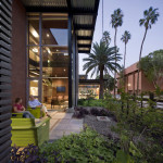 Between the bays, pocket gardens provide waiting areas for patients. (Bill Timmerman)