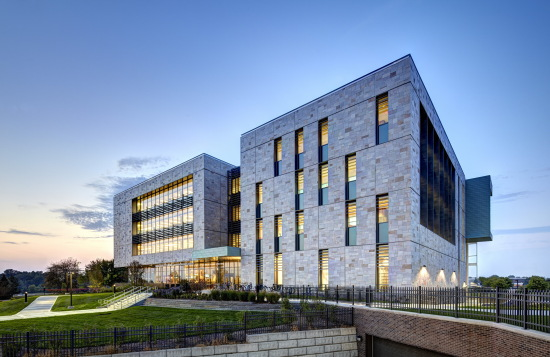 Pew Library's multi-hued stone facade nods to the campus's historic brick and limestone architecture. (Courtesy SHW Group, now Stantec)