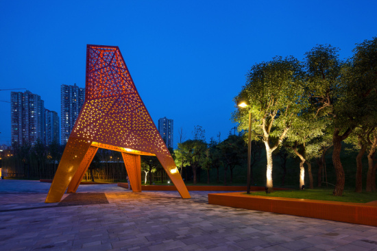 At night, the illuminated pavilions evoke Chinese lanterns. (Terrence Zhang)