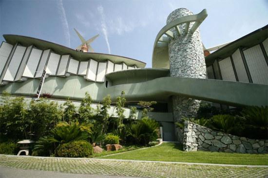 Pavilion for Japanese Art at LACMA. (Brant Brogan)