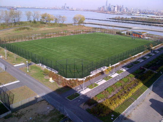 The long-awaited Bush Terminal Piers Park. (Courtesy NYC Parks Department)