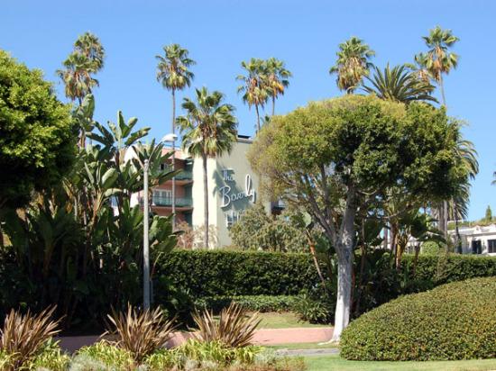 Cornell's Beverly Gardens Park (Laura Hartzell)