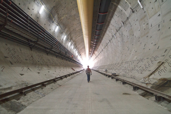 A new floor for the SR 99 tunnel (WSDOT Flickr)