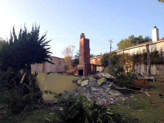 Remains of the Bradbury House yesterday (Sam Lubell / AN)