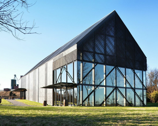 Wild Turkey Bourbon Visitor Center. (De Leon & Primmer Architecture Workshop)