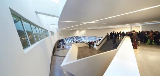 studio-daniel-libeskind_centre-de-congres_huftoncrow_012-2280x1086