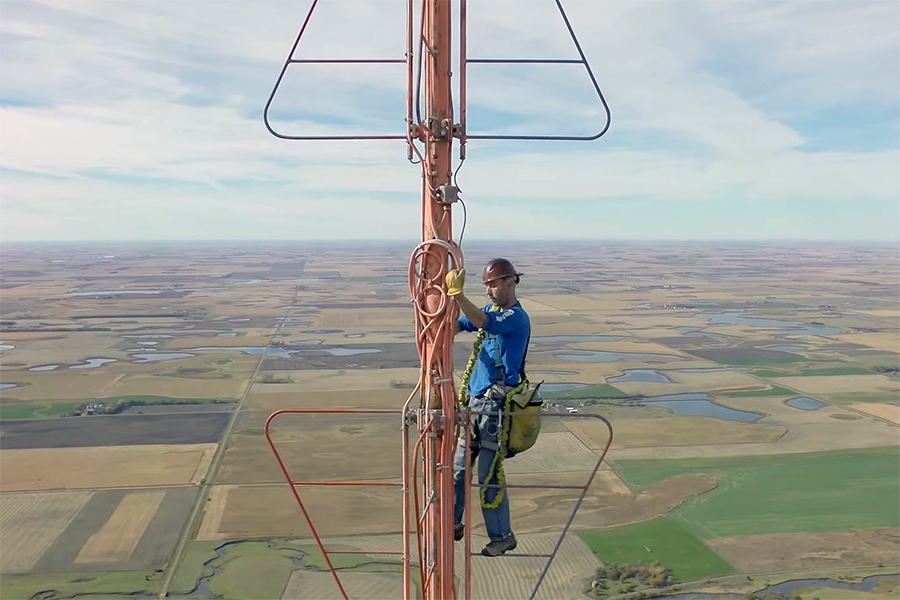 A N Blog The View From This South Dakota Tv Tower Is As Grand Amp Dizzying As Any Manhattan