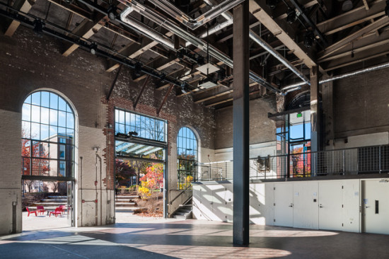The architects retained much of the existing brick envelope to capitalize on the building's industrial feel. (David Lamb)