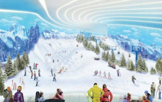 The 800-ft indoor ski slope. (Courtesy The Triple 5 Group via the Miami Herald)