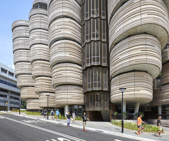 Heatherwick Studio's Learning Hub emphasizes small-group teaching and cross-disciplinary interaction. (Hufton and Crow)
