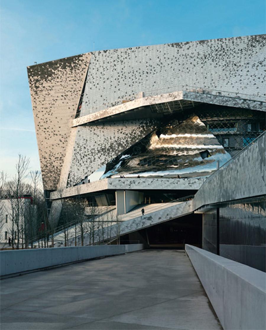 A n blog french architect jean nouvel wins lawsuit for Architecture jean nouvel