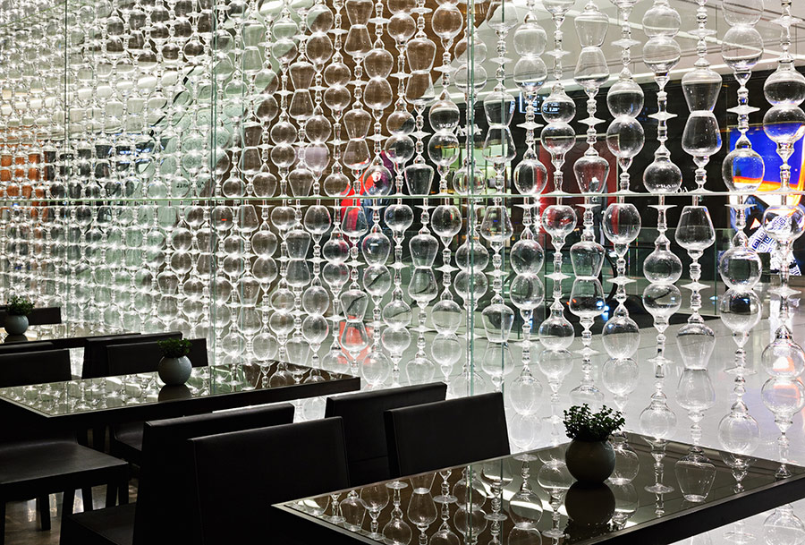 A Glass Wall Or A Wall Of Glasses Tre Bicchieri