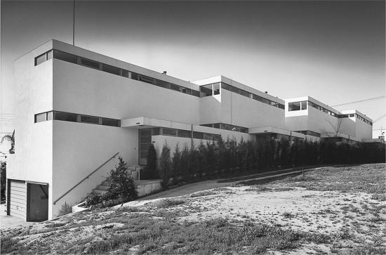 Ain's Dunsmuir Flats (Julius Shulman)