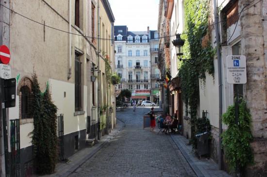Rue de Bon Secours, Brussels (Courtesy Wikimedia Commons)