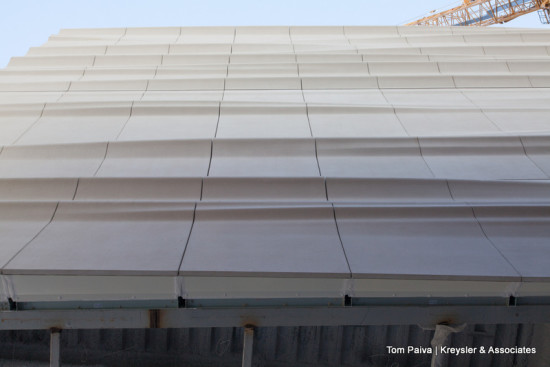 The SFMOMA expansion features the first major use of FRP cladding on a multi-story building in North America. (Tom Paiva / Kreysler & Associates)