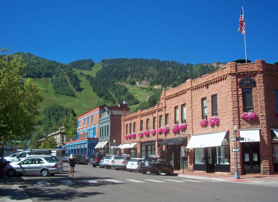 Downtown Aspen (Courtesy Daniel Case / Flickr)