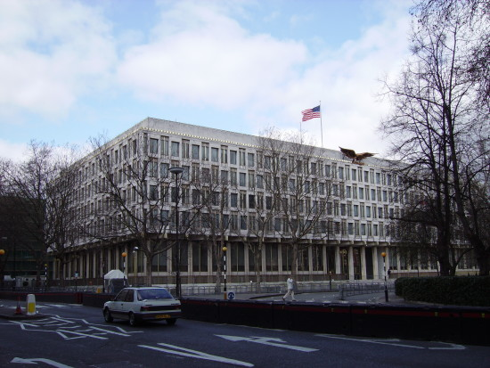 US Embassy in London, on the 9th April 2006. Courtesy Veedar, Wikipedia