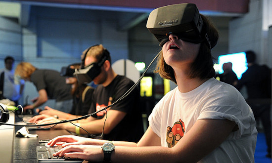 User wearing the Oculus goggles. (Courtesy Global Panorama / Flickr