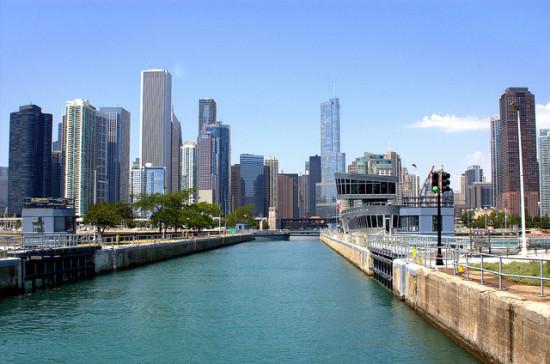 The Chicago River. (Jim Larrison / Flickr)