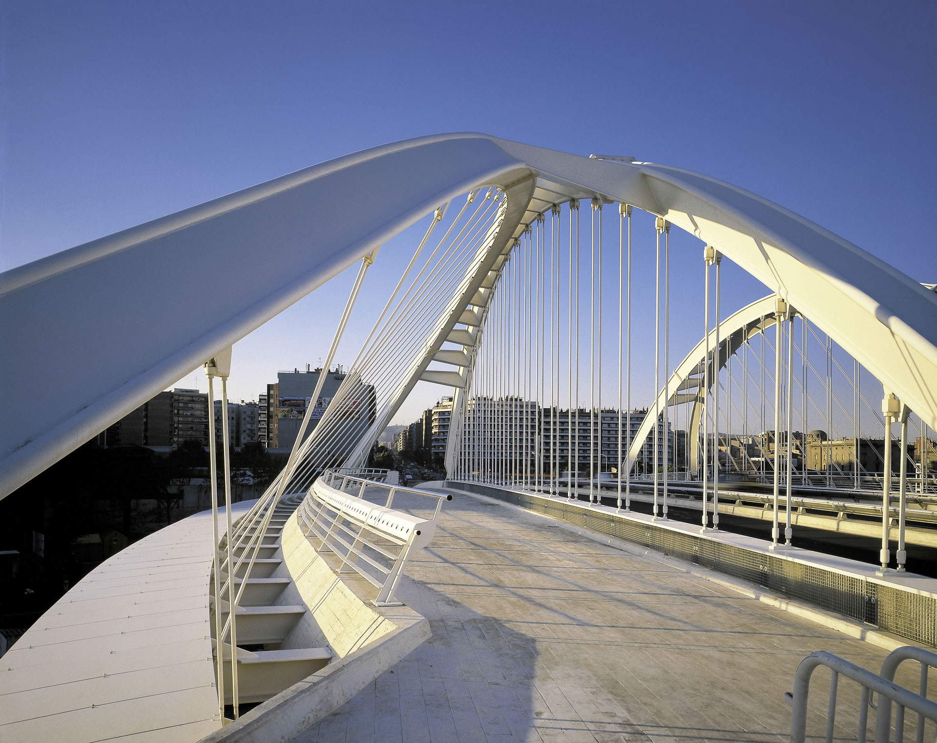 Santiago calatrava wins 2015 european prize for for Gimnasio bac de roda