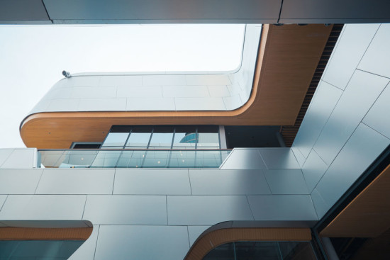 Courtyard view, photo by Polar Factory, courtesy Synthesis Design + Architecture